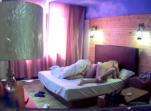 Japanese duo penetrates in motel in..