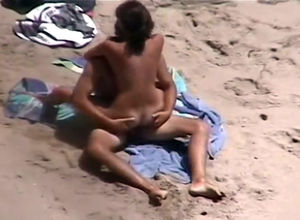 remote beach fuck-fest  compilation..