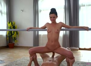 Mind-blowing ballerina Arian gets her..
