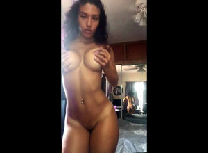 Handsome latina juggling arses in..