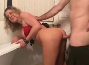 Buxom ash-blonde Mummy plumbed from..