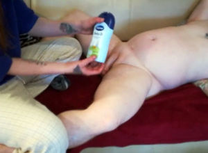 Elderly hubby gets prostata rubdown..