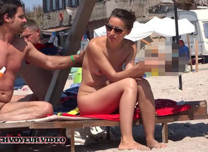 Naked duo filmed by spycam in Romanian..